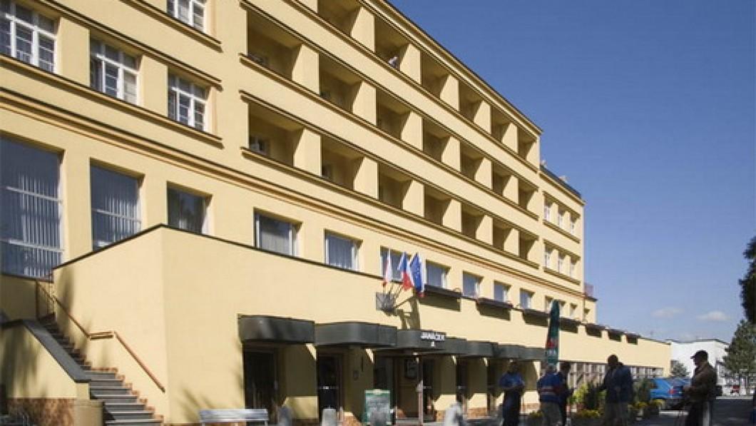 Hotel curativo Sanatorio Janáček - Teplice nad Becvou