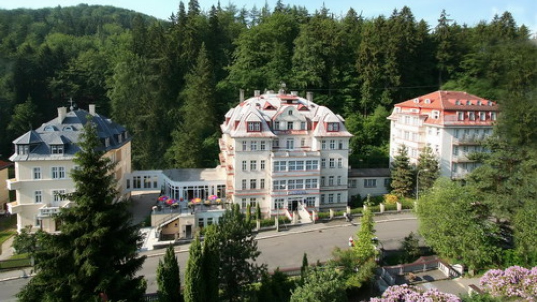 Curative Hotel Health Resort Mánes - Carlsbad / Karlovy Vary