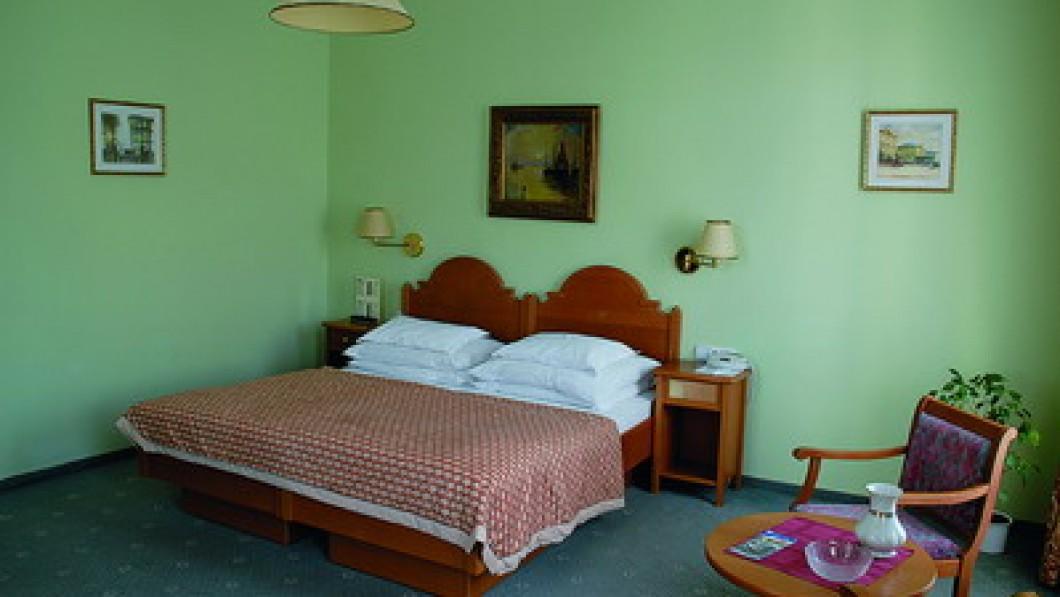 Bristol Group - Hotel Pavlov
