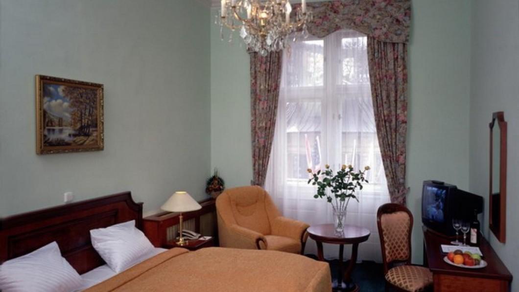 Отель Эстер / Hotel Ester